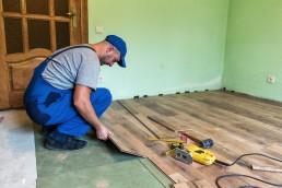 Hardwood Flooring Vs. Vinyl Flooring